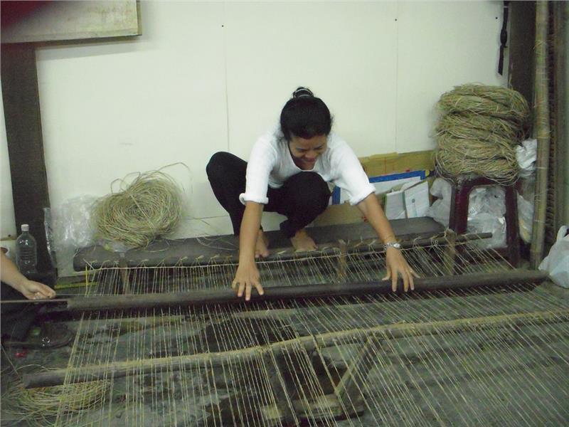 Artisan at Hoi An Handicraft Workshop