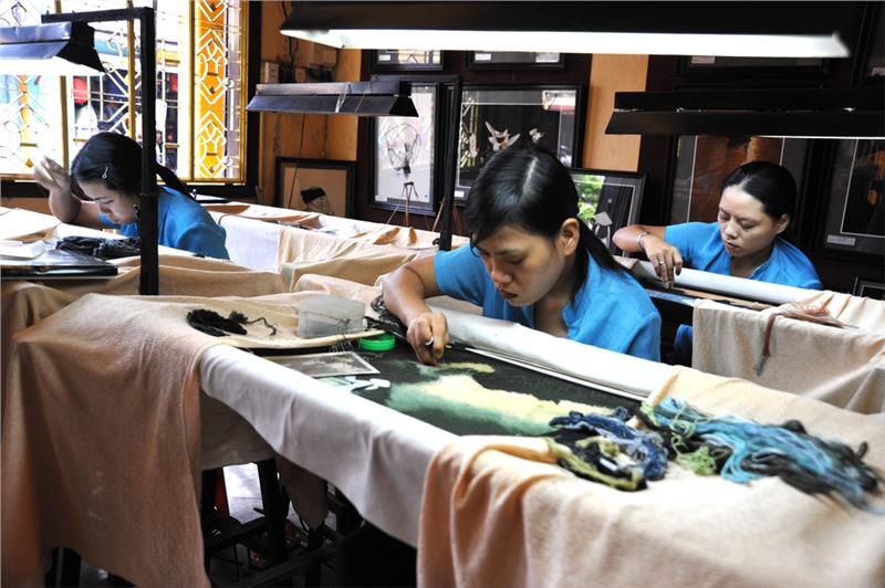 Embroidery workshop in Hoi An