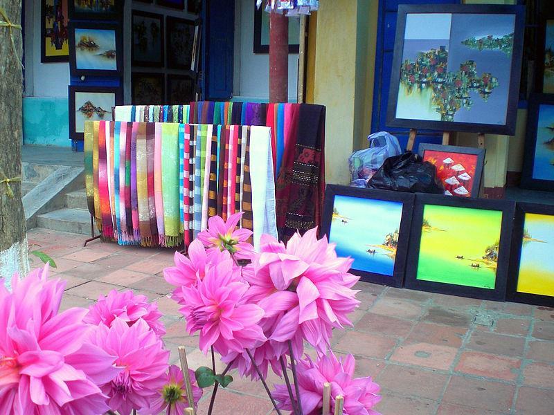 Silk shop in Hoi An Silk Village