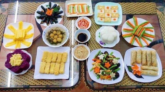 Khám phá ẩm thực Huế ngon - bổ - rẻ
