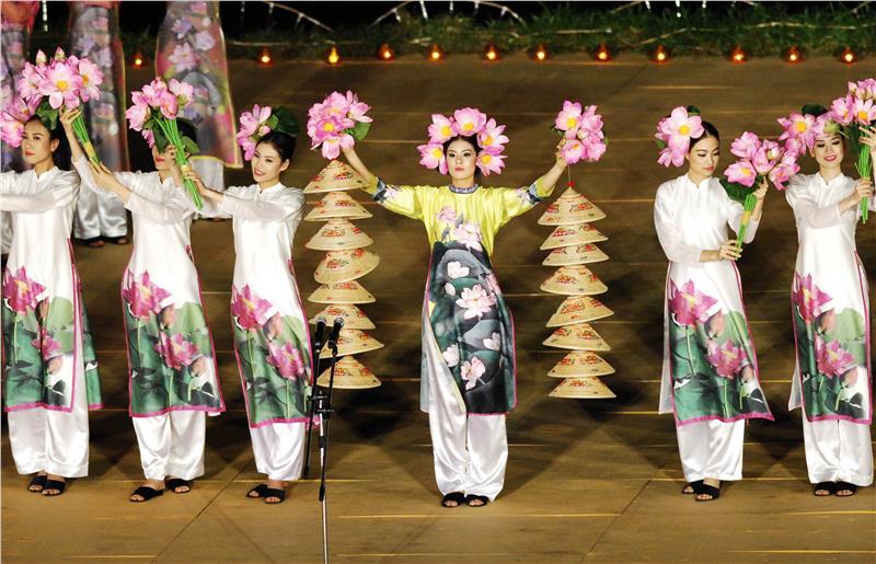 Closing Ceremony of Festival Hue 2014