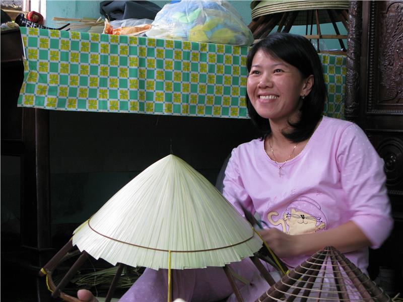 Conical hat village Hue