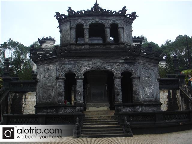 Emperor Khai Dinh tomb Overview