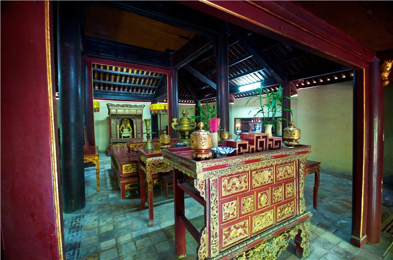 Inside Tomb of Emperor Tu Duc