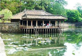 Hue completes Tu Duc Tomb restoration