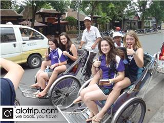 Hue: Half Day Cyclo City Tour