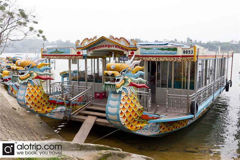 Boat port in Huong River
