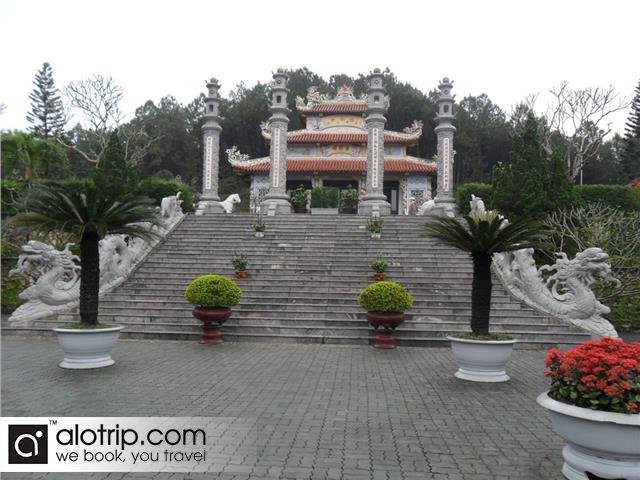 Huyen Tran princess temple overview