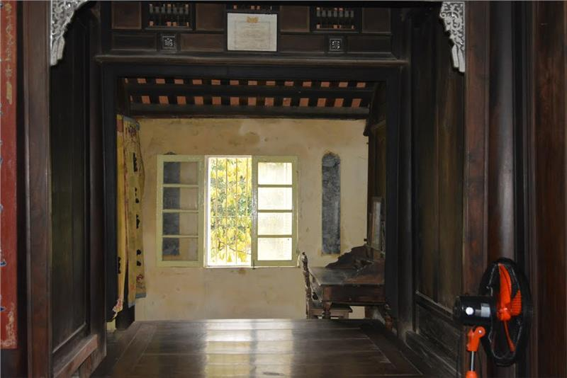 Inside An Hien Garden House