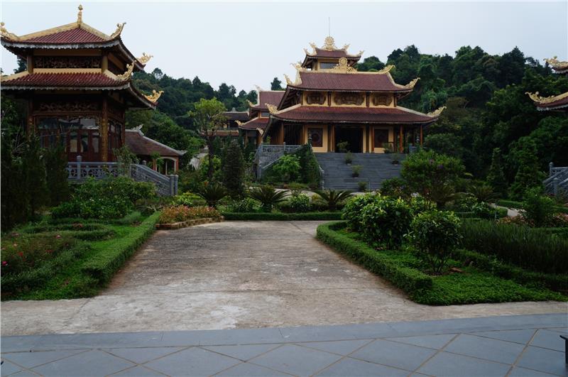 Truc Lam Bach Ma Zen Monastery