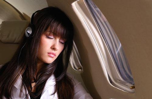 Những điều cấm khi lên máy bay