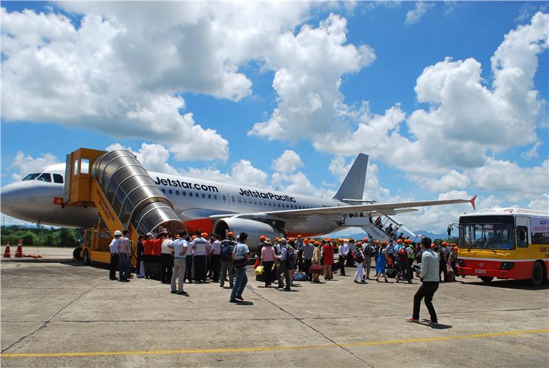 Máy bay Jetstar Pacific ở Sân bay Nội Bài