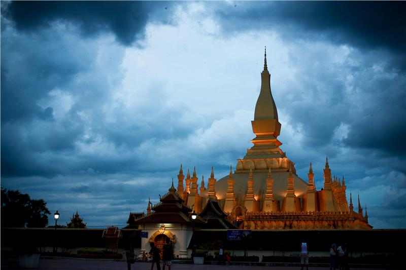 Laos tour to discover Vientiane capital