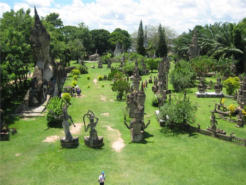 Indochina holiday to Buddha Park Laos