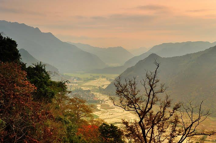 Sunset in Mai Chau Valley
