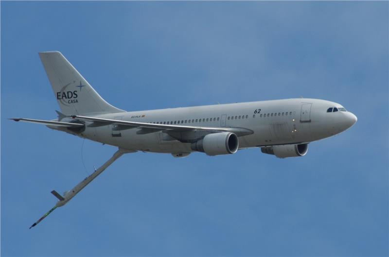 Máy bay Airbus A310 MRTT