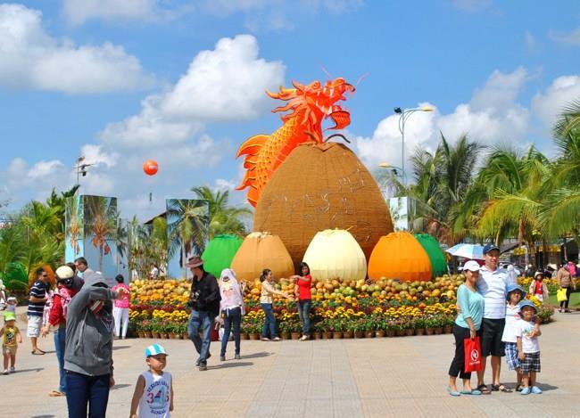 Mekong Delta to Ben Tre Coconut Festival 2015