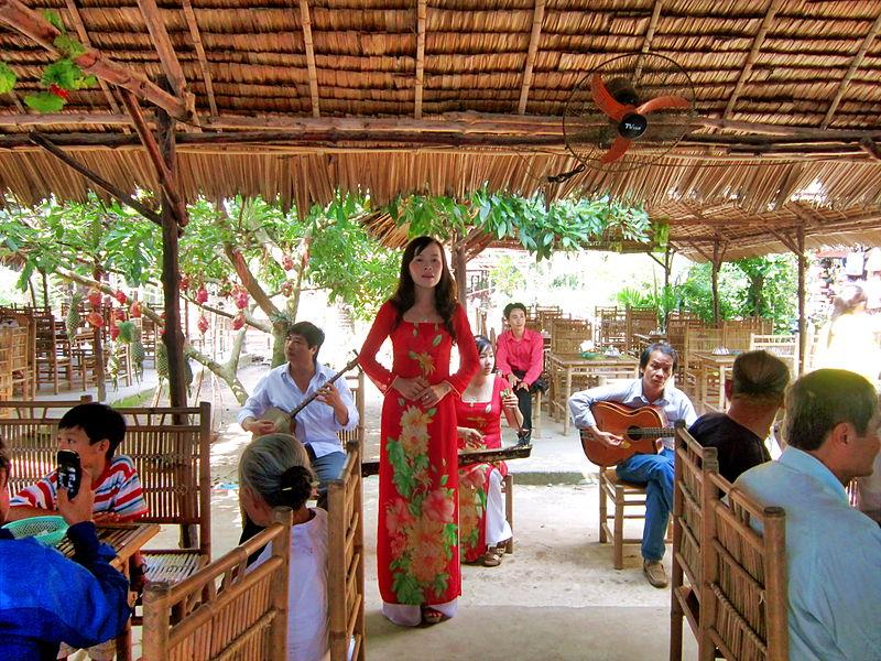 Don Ca Tai Tu - a tradtional folk music in Turtle Island