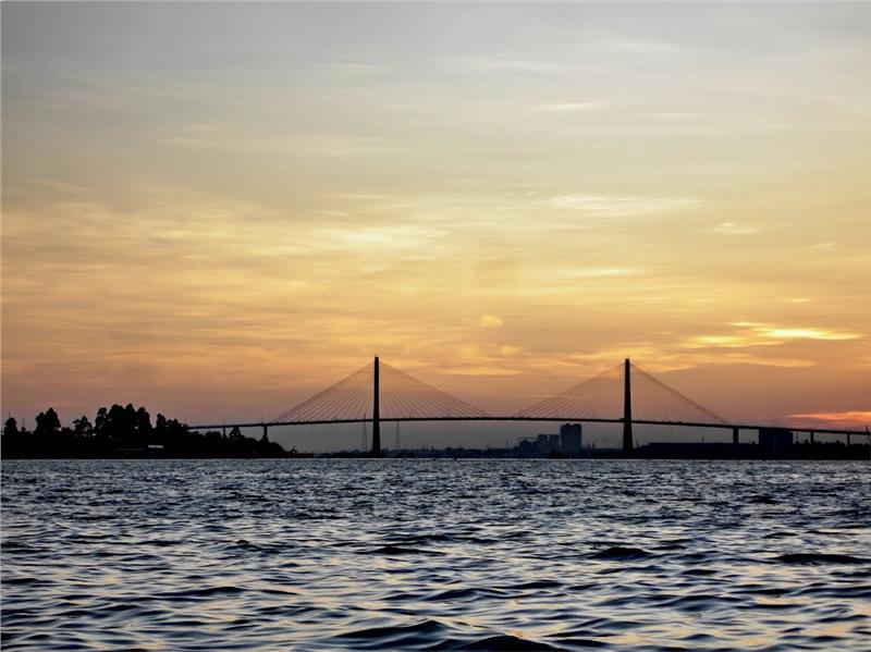 Sunset on Tan Long Island