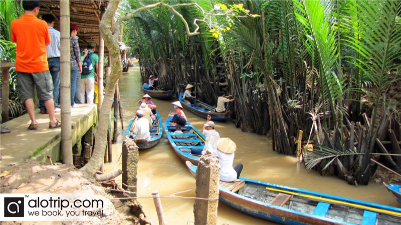 Travel by Boat in Turtle Island