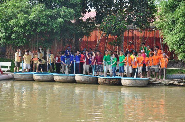 Team building at Vinh Sang tourist area