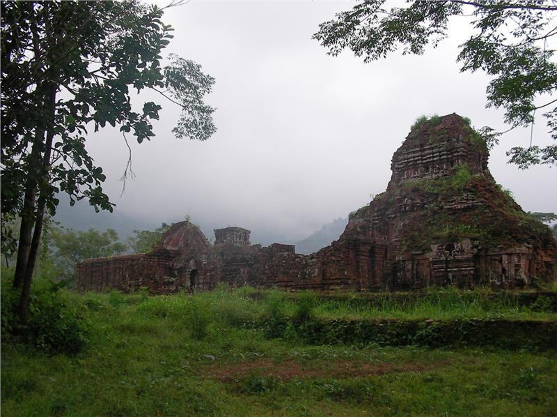 Ruines in My Son Sanctuary