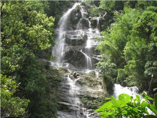 Exploring Khe Kem waterfall
