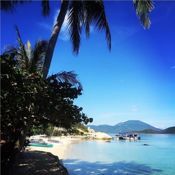 Đảo Cá Voi - Hòn ngọc giữa vịnh Vân Phong - Nha Trang