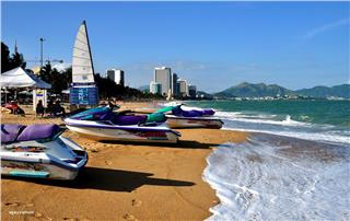 Cheap Vietnam Airline tickets to Nha Trang, why not book?