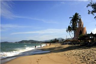 Vietnam tourism increasingly spreads out