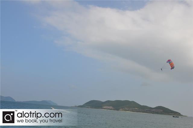 Tranh Beach Panorama