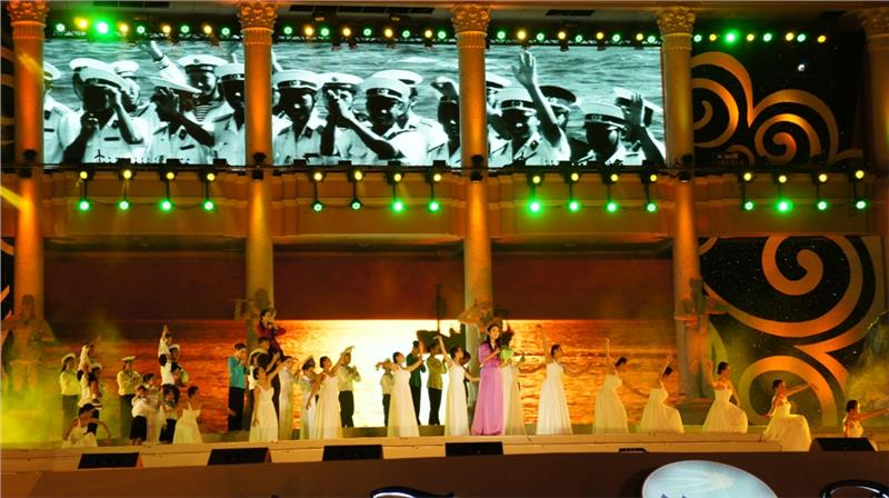 Nha Trang Sea Festival 2015 welcomes 150000 visitors
