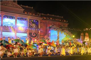 Nha Trang Sea Festival 2015: Love, Peace, and Creativity