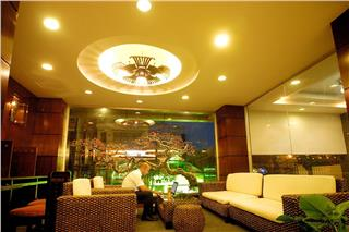 The Light 2 Hotel Nha Trang introduction