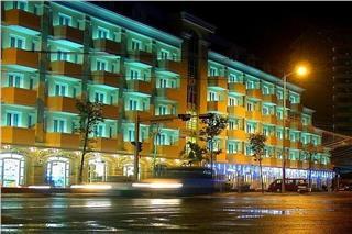 Vien Dong Hotel Nha Trang introduction