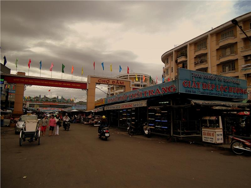 Inside Dam Market - Nha Trang