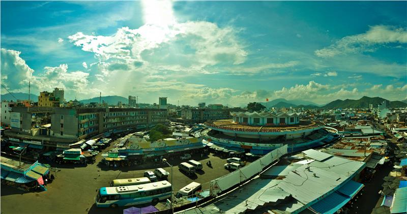 Overview of Dam Market in Nha Trang