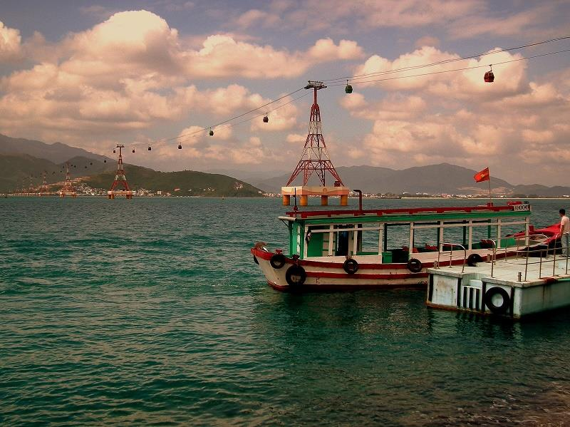 Cable car to Hon Tre Island -  Nha Trang