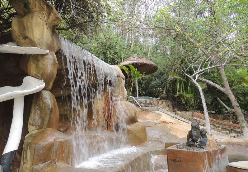 Thap Ba Hot Springs - Hot mineral zone