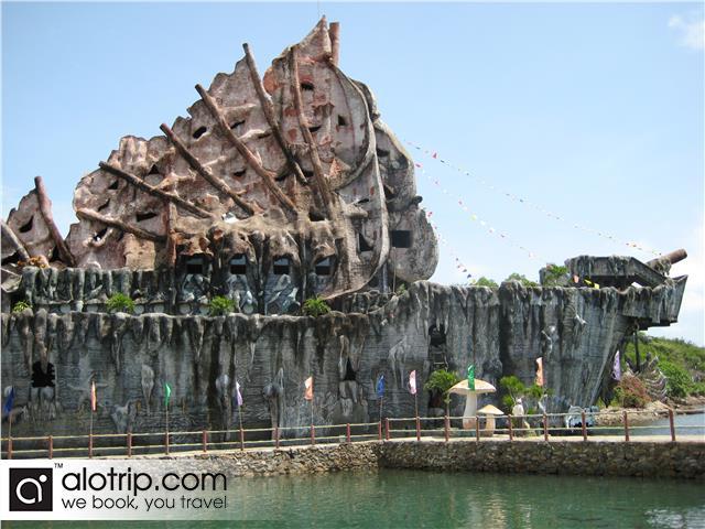 a beautiful corner of Tri nguyen Aquarium