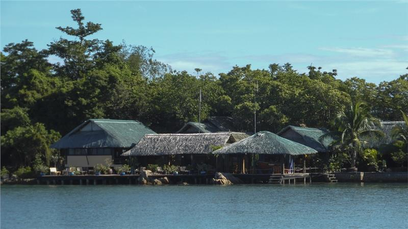 Bar of Whale Island Resort