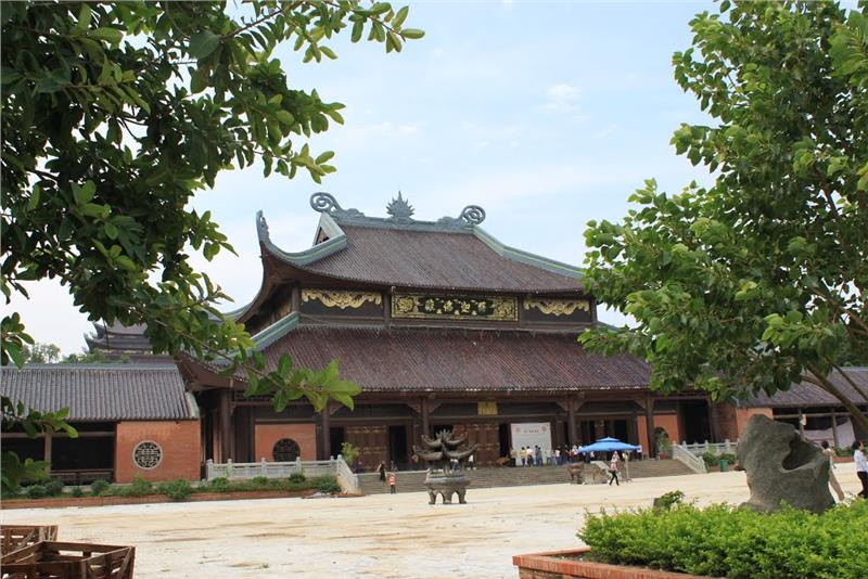 Phap Chu Temple - Bai Dinh Pagoda