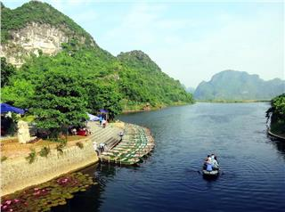Trang An complex becomes the world heritage