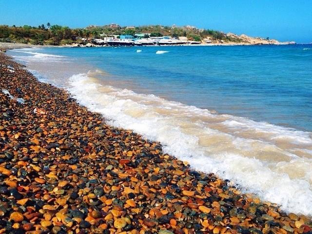 Bãi biển ở Cổ Thạch
