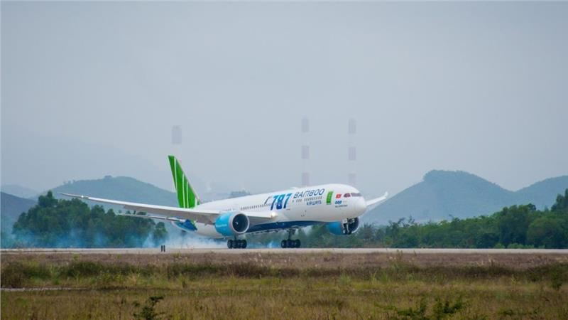 Bamboo Airways flights lead on-time operations