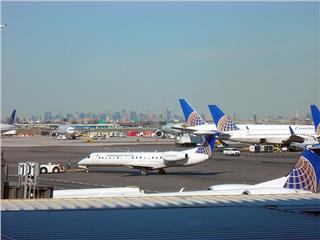 United Airlines moves Premium Service to Newark