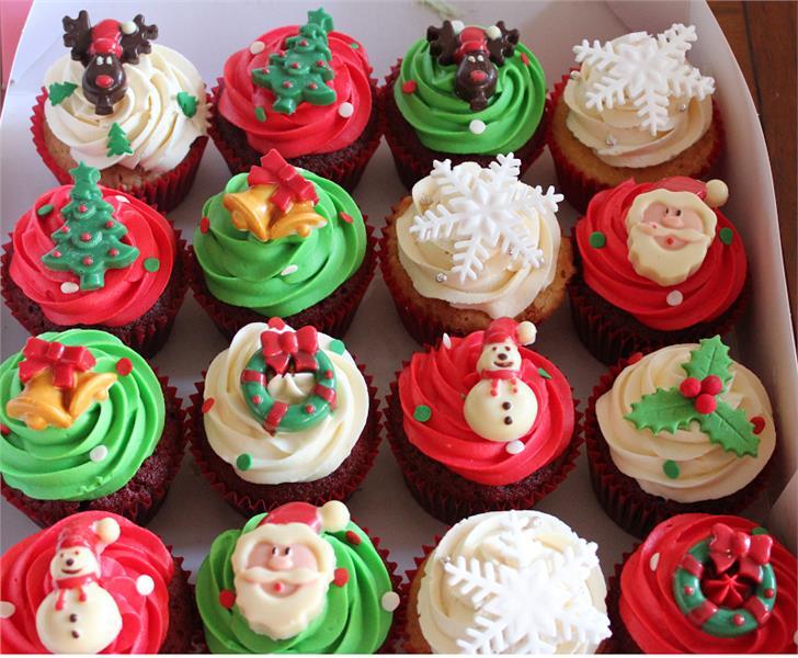 Bánh cupcake chủ đề Giáng Sinh