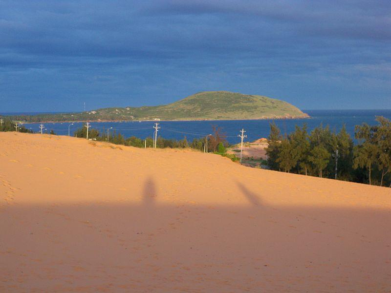 Hon Rom Island view from Sand Dunes