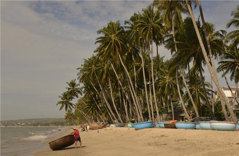 Immerse most stunning beaches in Vietnam