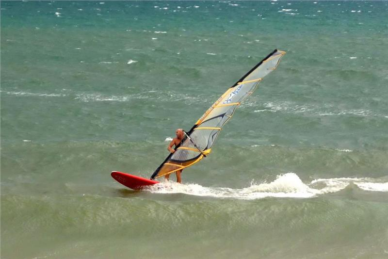 Windsurfing in Mui Ne Beach